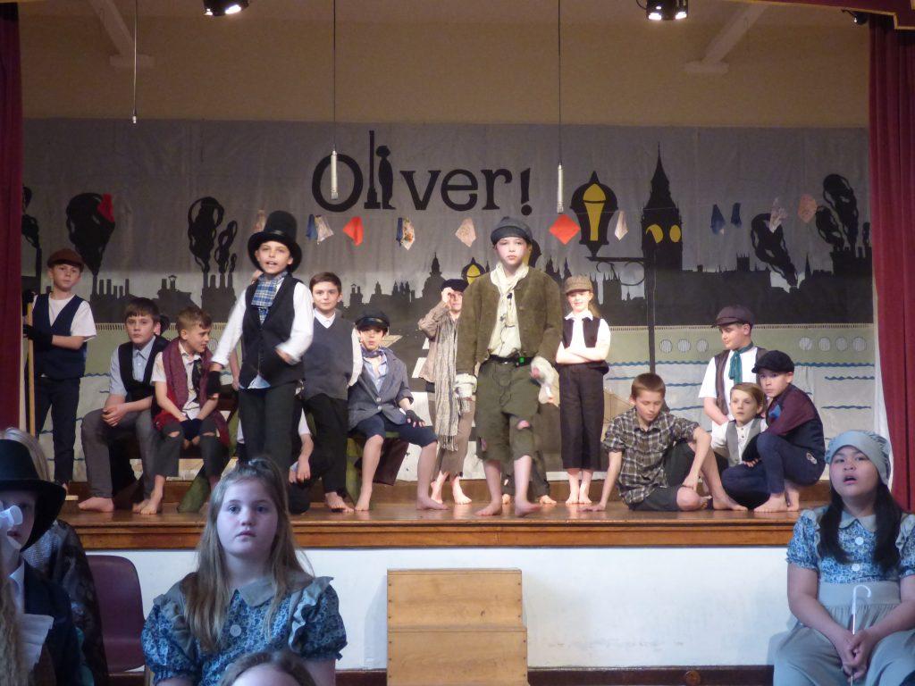 Oliver 46