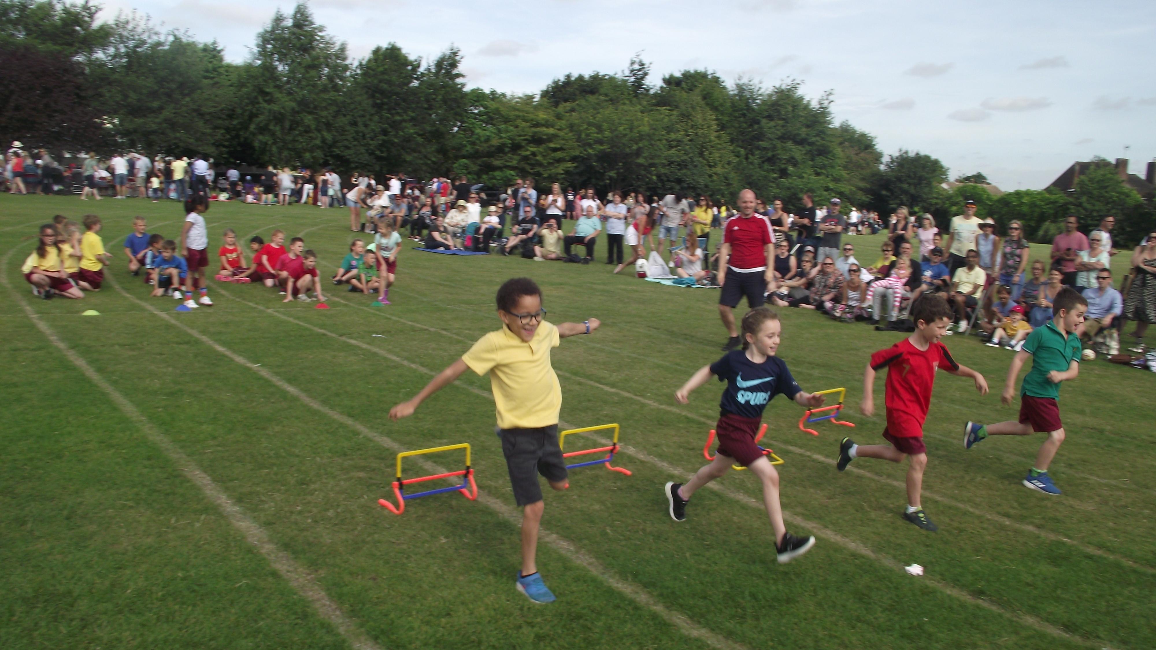 Earls Hall Primary School – Celebrate, Challenge, Achieve
